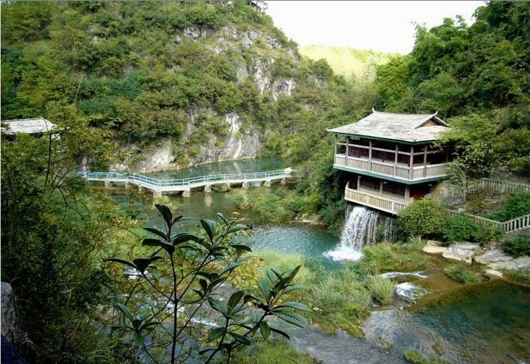 china_private_tour_with_guiyang_zhangjiajie_shanghai